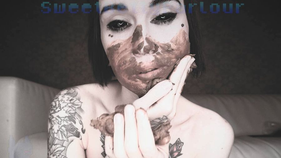 SweetBettyParlour - Lets Get my Face Covered in Shit [HD 720p]