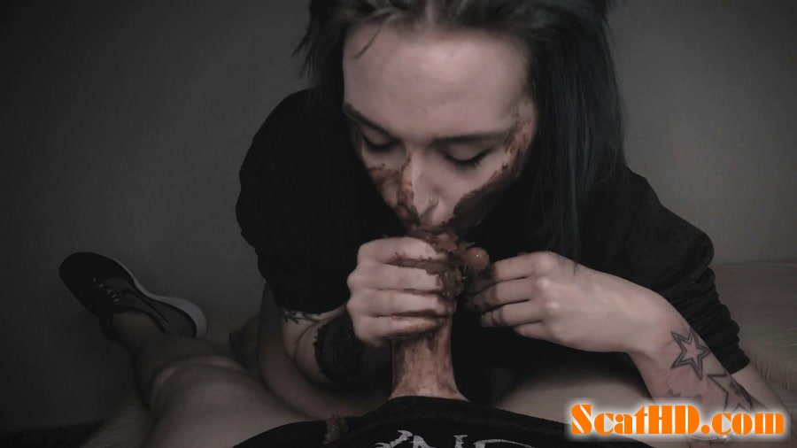 DirtyBetty - BlowJob with HUGE PIECE OF CRAP [FullHD 1080p]