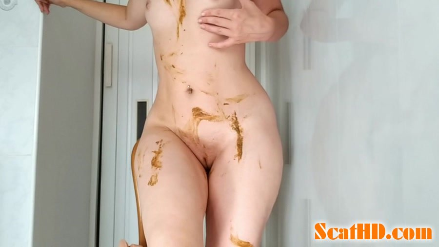 NastyGirl - Sexy pooping on dildo playing and smearing [HD 720p]