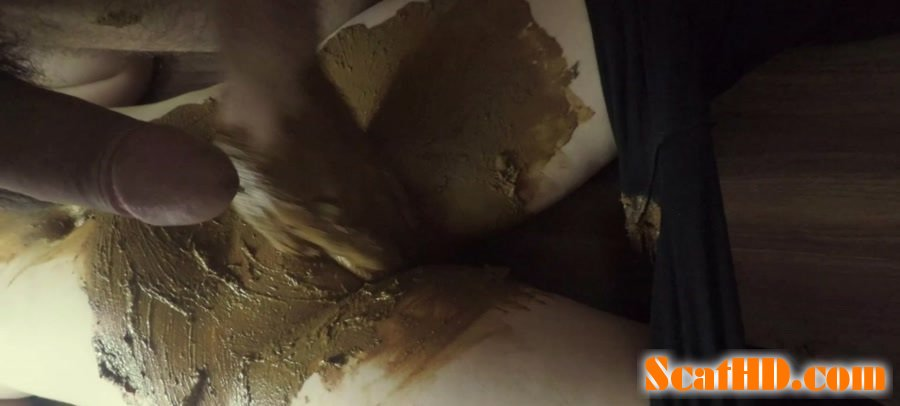 KatiePoo - Black leggings and smearing on pussy part 2 [FullHD 1080p]