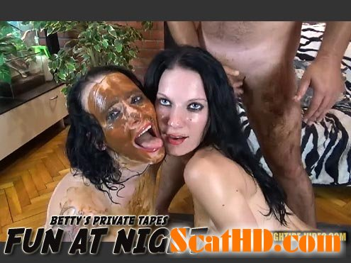 Betty, Eliza, 3 males - BETTY PRIVATE - FUN AT NIGHT [HD 720p]